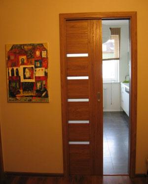 Montaż drzwi w kasecie